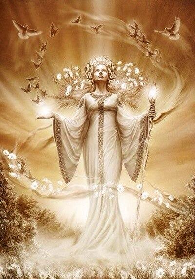 Bogini Laila-Łada-Lelija   Słowianie - Wiara Przyrodzona