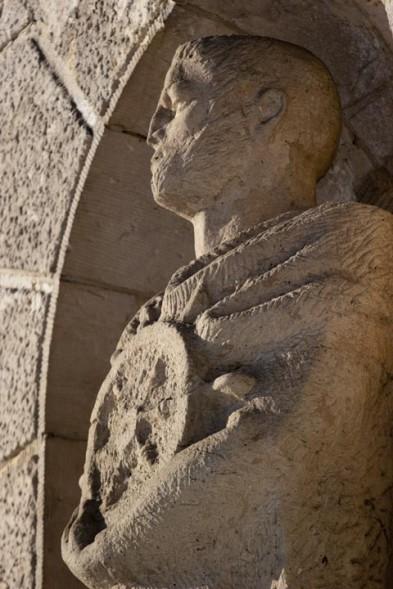 1655840-pomnik-jana-wyszaka-stoi-do-dzis-na-walach-chrobrego-w-szczecinie